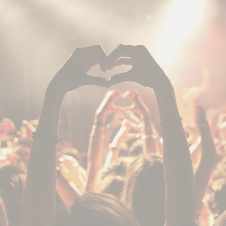 Show Me Love (Foto: )
